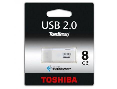 Toshiba  8GB TransMemory USB 2.0 Flash Drive (THNU08HAYBL5)
